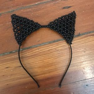 Accessories - Cat ears with black pearl detail